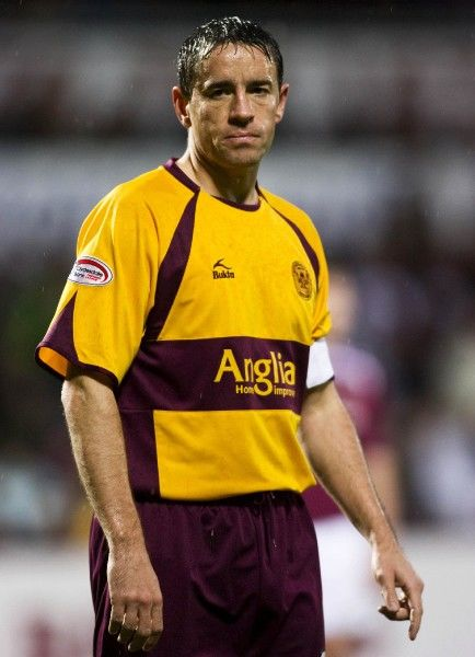 Phil O'Donnell. 08/12/07 CLYDESDALE BANK PREMIER LEAGUE